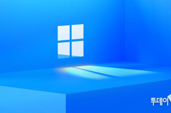 """""""'윈도우10'이 마지막이라면서""""…마이크로소프트, '윈도우11' 카드 만지작"""